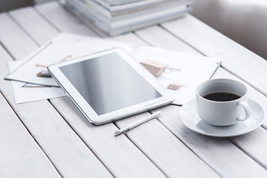 light-coffee-pen-working2